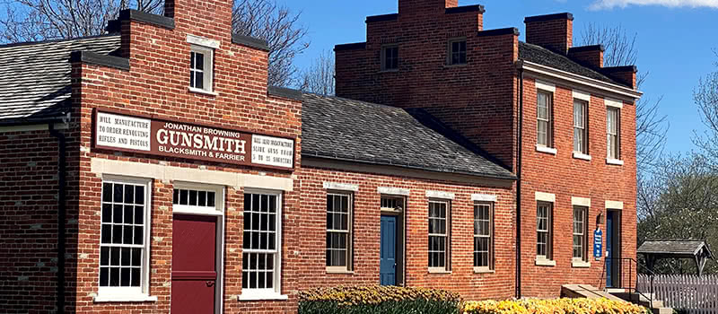 JB Gunsmith & Blacksmith Tours - Nauvoo IL
