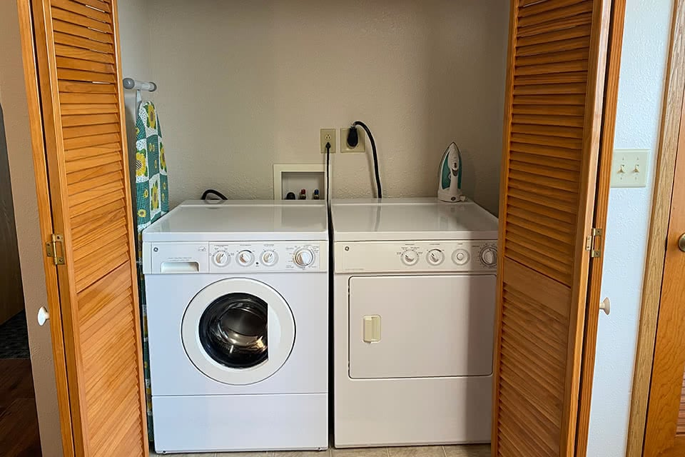 Villa with Handicap Washer and Dryer